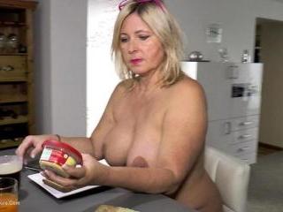 Nude Breakfast