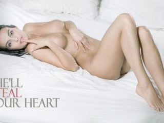 She\'ll Steal Your Heart