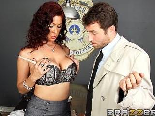 Dick Me, Detective