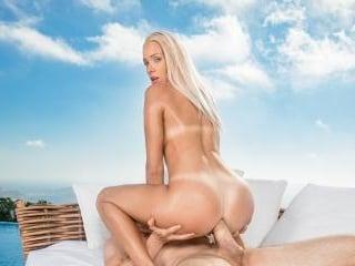 Tushy - Angelika Grays