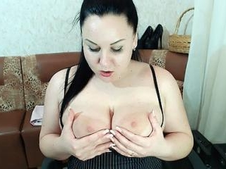 BBW AnalQueen Playing With Her Boobs