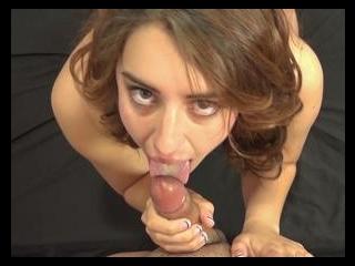 Lanie Loves Licking Dick