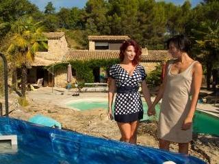 Amel Annoga Julie Valmont  : Amel Annoga and Julie