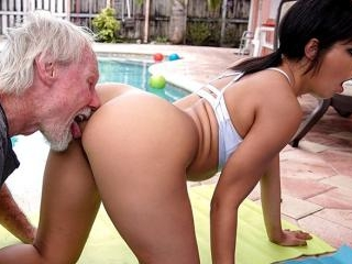 Old Man Loves The Booty