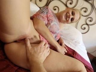 Rossella On Dateslam