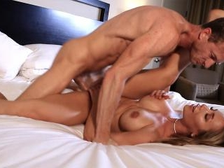 Nicole shoots with a hot stud while playing on soc