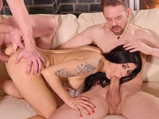 Brunette MILF Billie Star Gets Ass Doublestuffed W