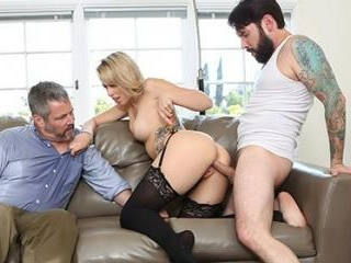 Zoey Monroe Tries Couples Therapy But She Wants To