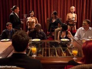 Community Dinner:Table Service