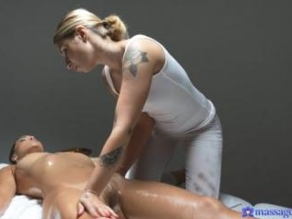 Intimate Massage for Hot Lesbians