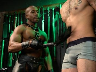 Yes, Sir: Jon Darra Submits to Muscle-Stud, Max Ko
