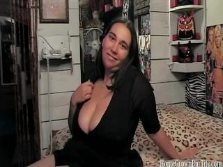 Big Boobs Amber Juggs Takes A Facial