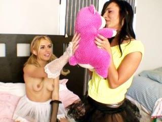 Lexi Belle and Ashli