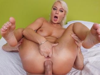 Hot Blonde London River Gets Her Ass Filled With C