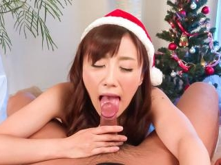 Perfect Christams present for cock sucking Mika Ha