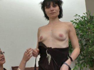 Dépucelage anal pour Mandy, ancienne amatrice porn