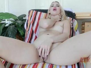 Sierra Nicole